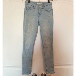 Levi's 311 Shaping Skinny Jeans - Light Wash